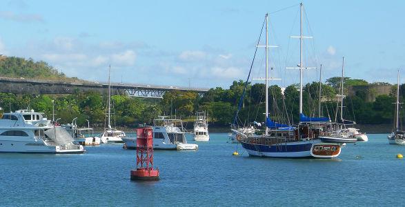 Panama-canal-35
