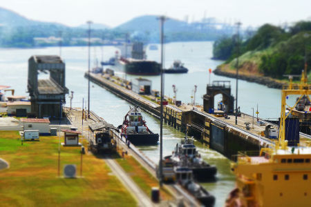 Panama-canal-miniature